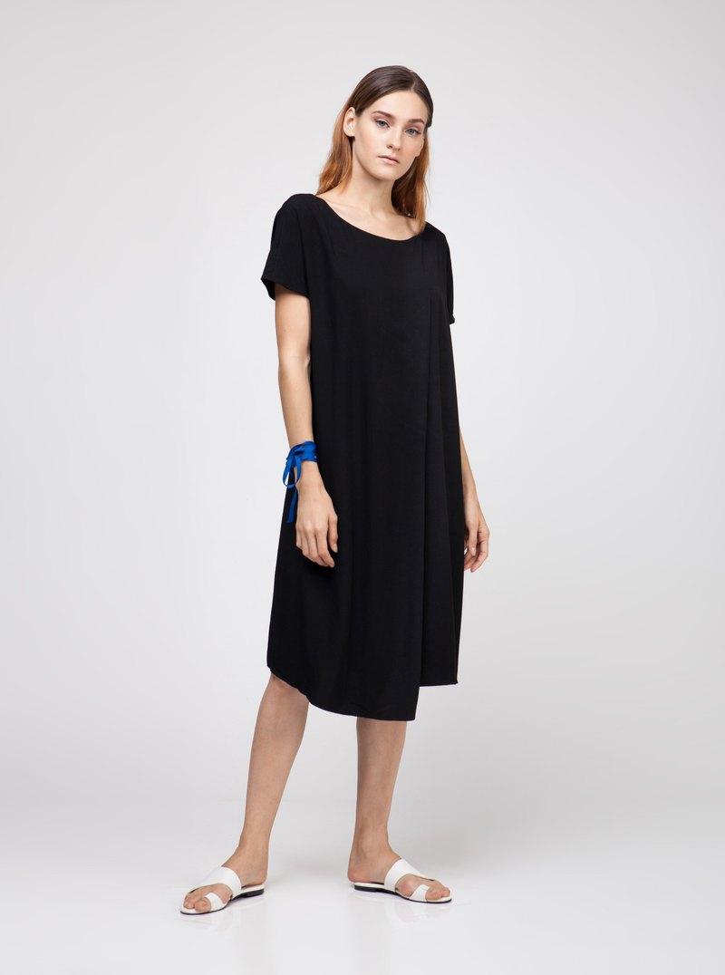粘膠黑色重疊連衣裙