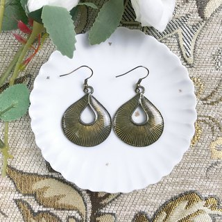 Vintage Bronze Gold Drops Antique Earrings BLA063