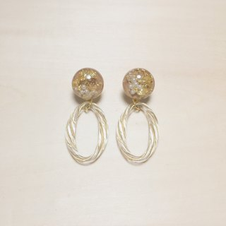 Vintage Pearl Gold Foil Khaki Engraved Oval Earrings