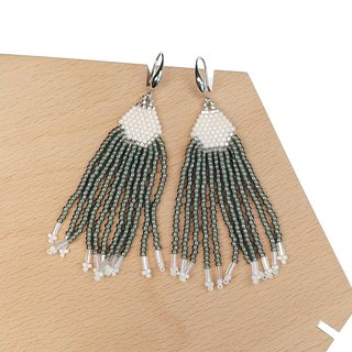 Anthracite-Grey Waterfall Beaded Tassel Earrings