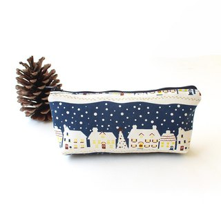 Christmas street view (middle) / storage bag pencil case cosmetic bag