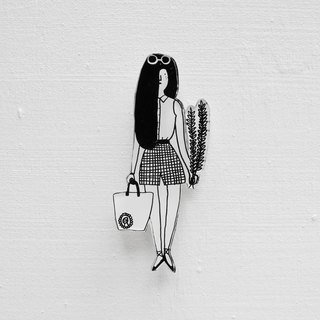 Miss Hairy Collection / Black and White Brooch / 010