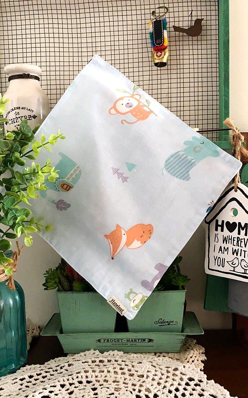 可愛淺藍小狐狸圖案口水巾/小手帕/小方巾/二重紗布
