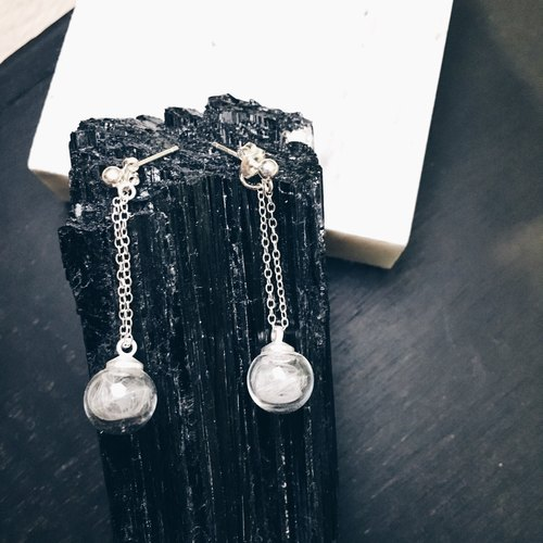 Dropping Feather Glass Bubble 952 silver earring