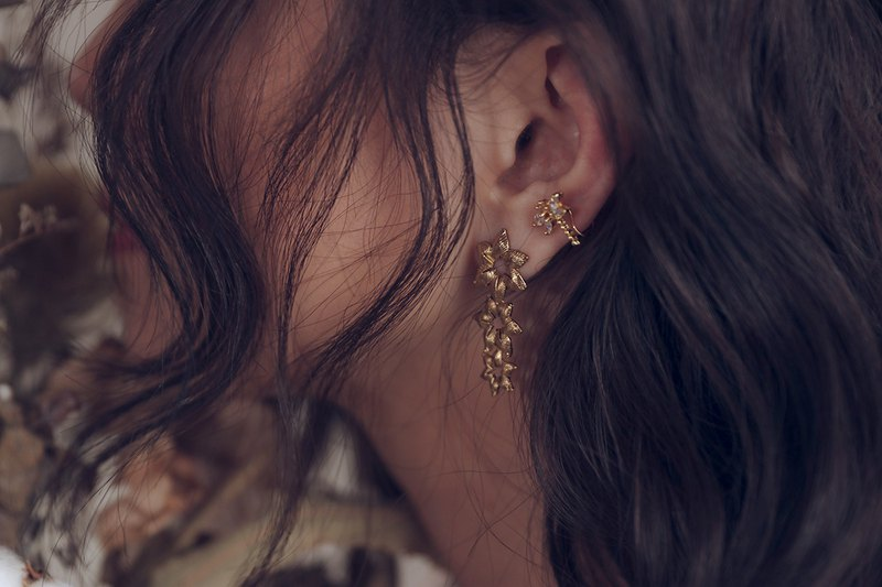 PURE Series – Moonflower * Fairy earring & ear cuff