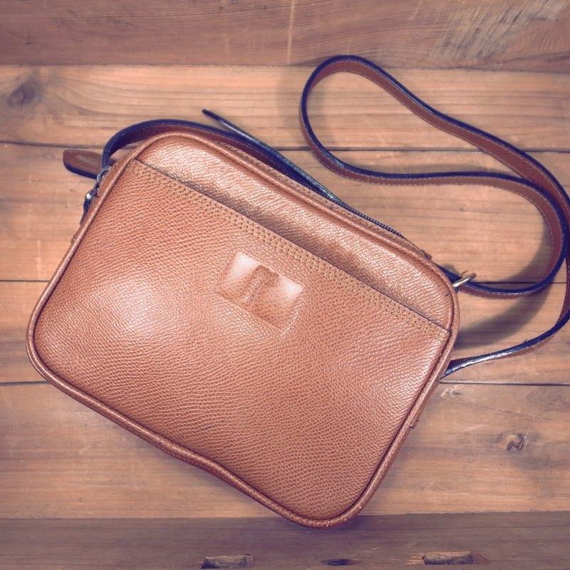 [Bones] France Renoma scratch caramel leather shoulder bag genuine antique print bag Vintage