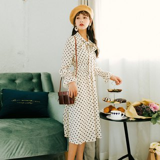 2018 autumn women's new trumpet sleeves streamline dress dress