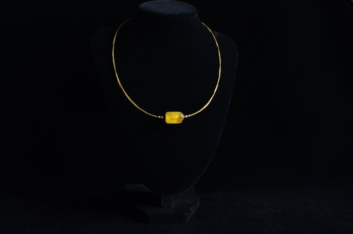[Amber Transport Bead] Clavicle Collar