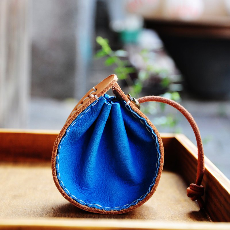 Genuine leather drawstring purse / changeable hanging neck