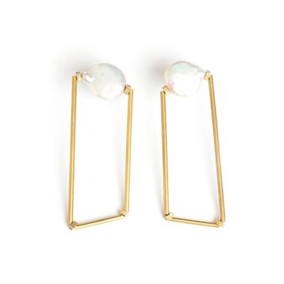 Polygonal pearl earrings Pearl polygon earrings