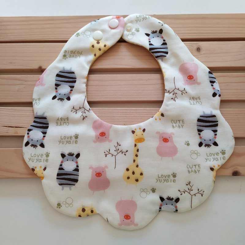 Japanese cotton gauze pig zebra giraffe cotton yarn cloud bib baby bib baby bib