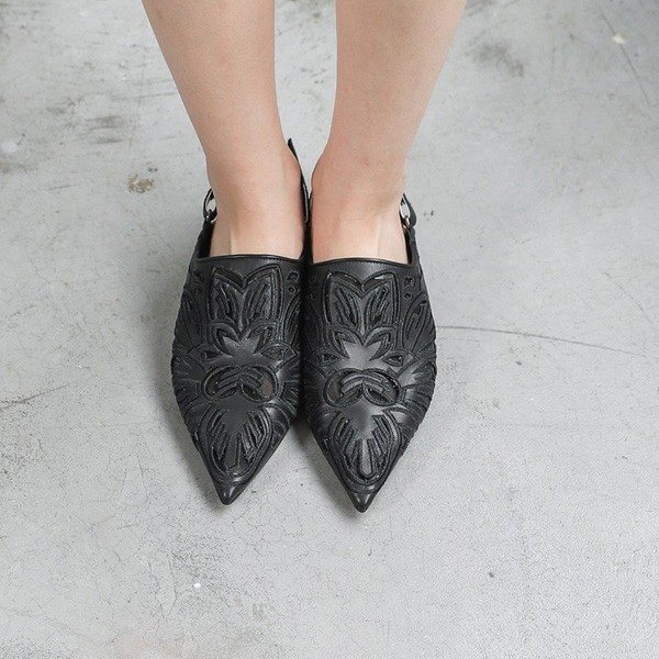 [Show products clear] fine carved stitching mesh slippers leather flat shoes black
