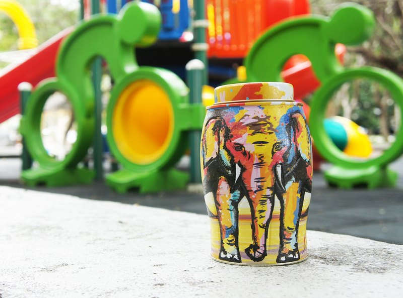 Summer Painted Elephant Tea Pot (Contains English Breakfast Tea / 40 Heat Sealed Tea Bags)