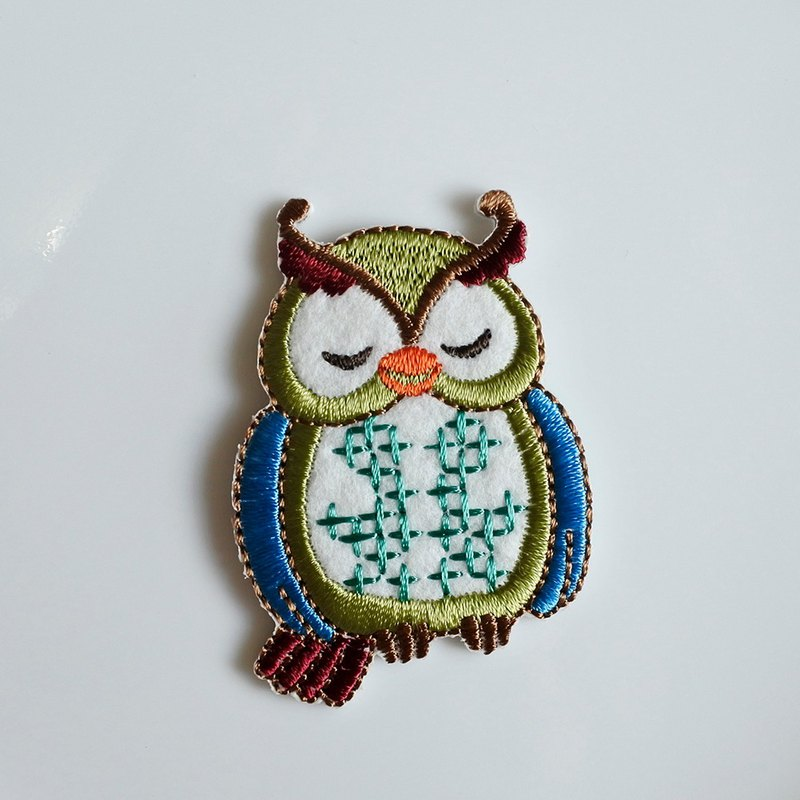 Three Cat Shop - Cute Owl Electric Embroidery - C (to be ironed)