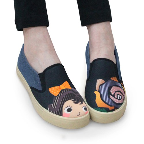 Big girl illustration convenient casual shoes - denim blue / beauty and beast