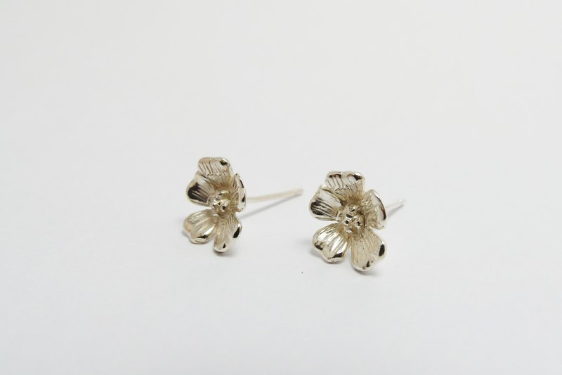 zo.craft five flower earrings / 925 sterling silver