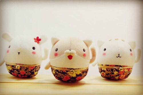 Bucute Lucky Cat doll ornaments 3 set / pray / love / manual / gift / Fast Shipping / New Year / Limited / marriage / Buddha