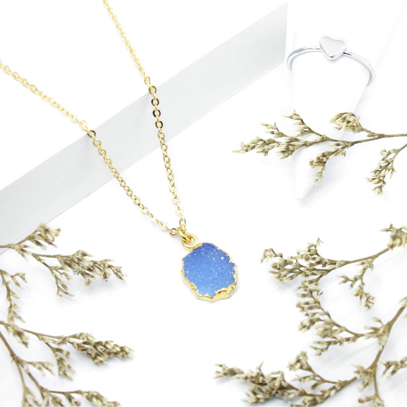 3: am Story - Aquamarine Brass Necklace