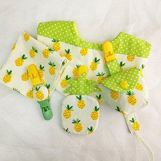 Small pineapple. Styling bag + pacifier bag + chain + handkerchief clip + bib (female bag can be increased by 40 embroidered name)