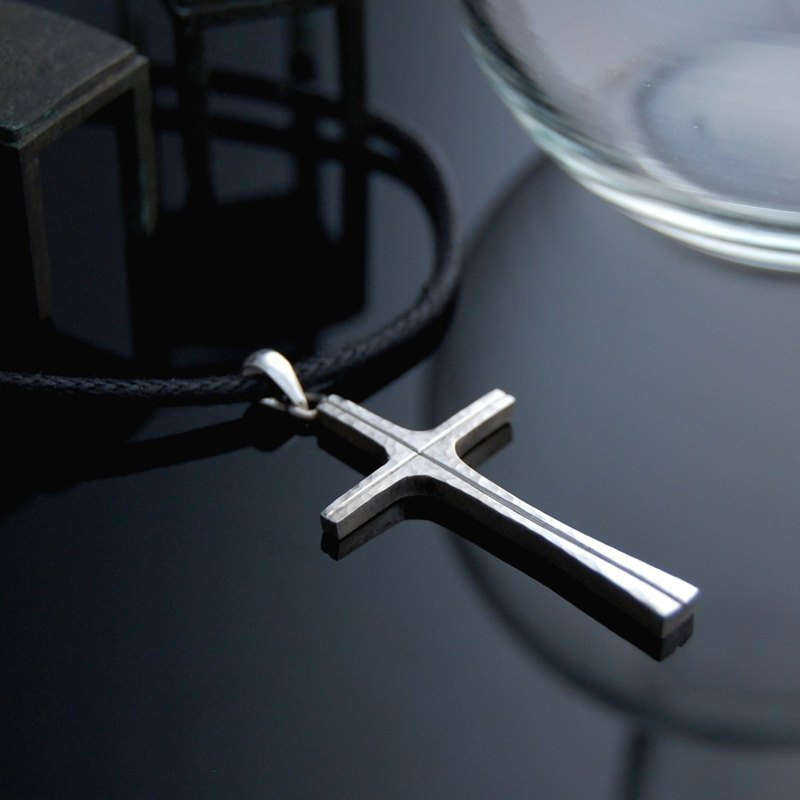 Peace Cross - Miracle - Forging Method (Silver Necklace)