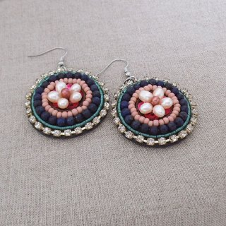 [Beads Embroidery] Circle Earrings