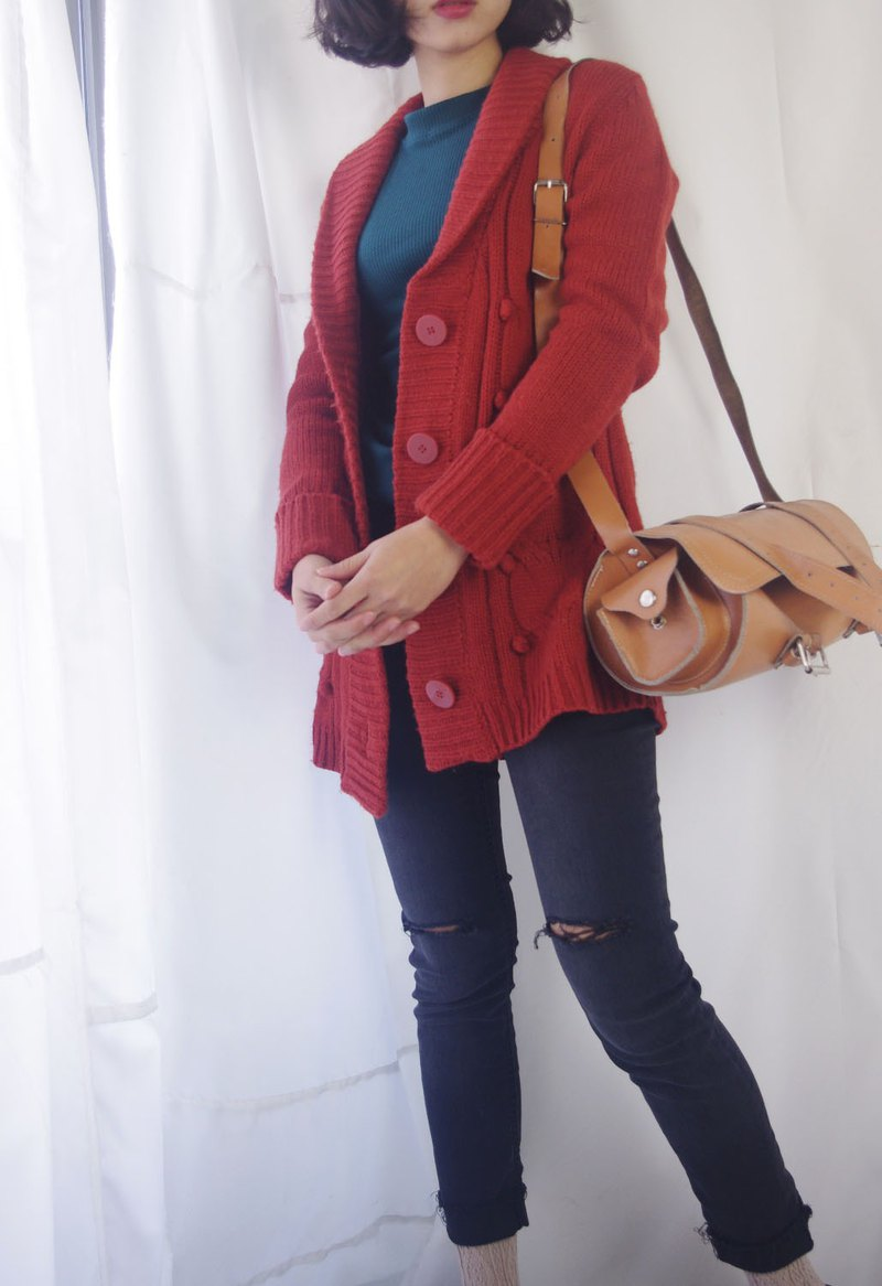 Treasure Hunting - Vintage brick red lapel ball knit jacket