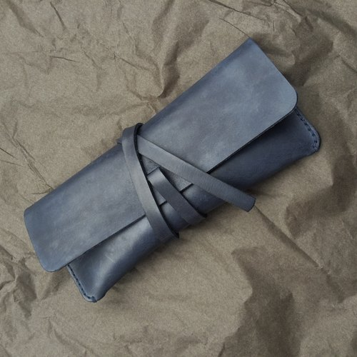 Dark blue - leather leather rounded pencil case