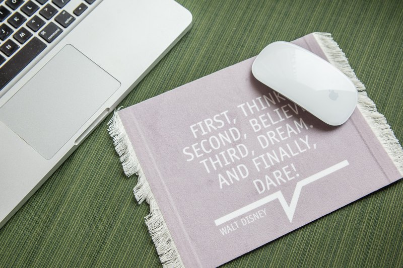 [STUDIO MANGO] The New Classic Series - The Quote Quotations carpet carpet mouse pad / mouse pad Rug / Carpet Mouse pad mousepad (Quotation)