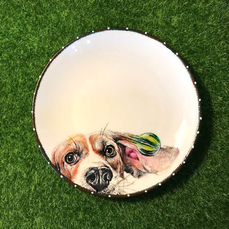 • Spot •*Fastball Pass*6-inch hand-painted snack plate