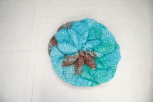The Design araignee*Handmade caps - knit beret*- bright turquoise