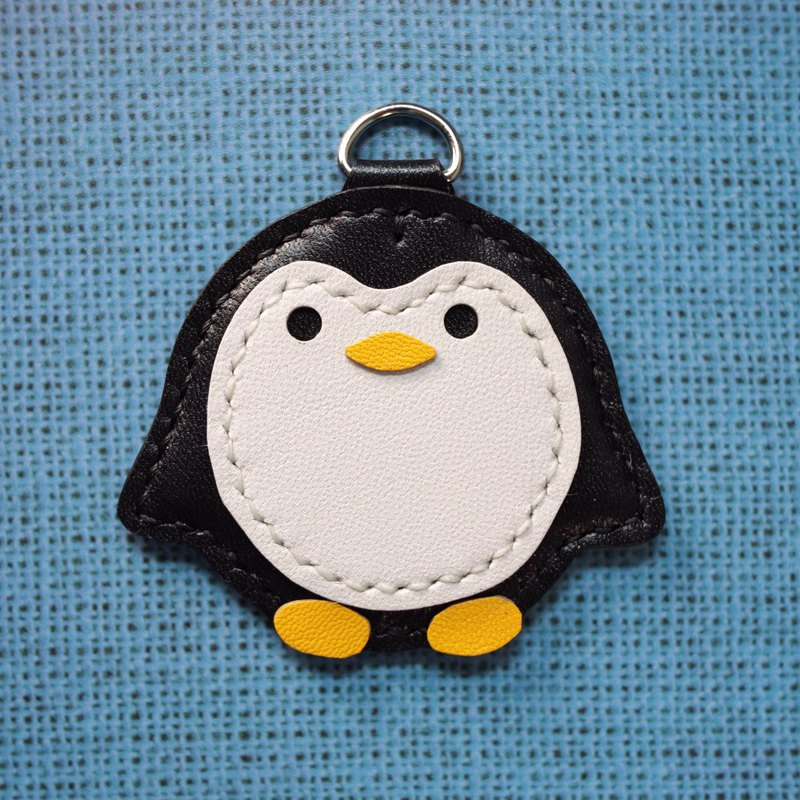ONE+ penguin Key holder