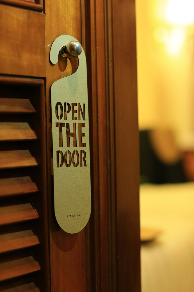 "[EyeDesign see design] a word door hanging ""OPEN THE DOOR"" D24"