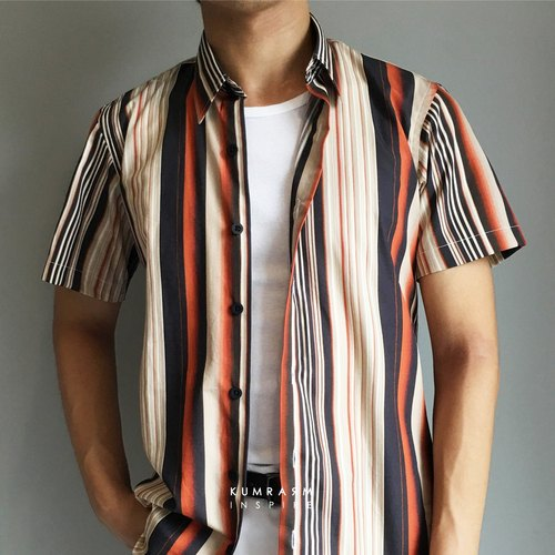 Short-sleeved shirt with orange & navy striped pattern