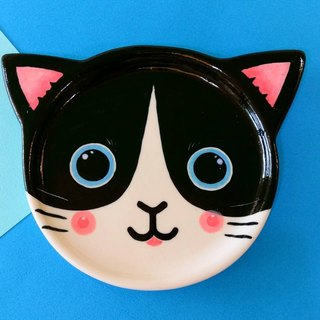 Birthday gifts preferred black and white cat underglaze painted pinch modeling plate
