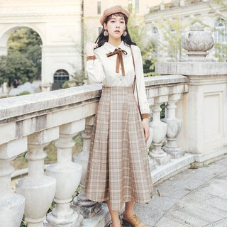 2018 girl cute wind two-piece autumn and winter women's new detachable tie solid color shirt + detachable strap skirt