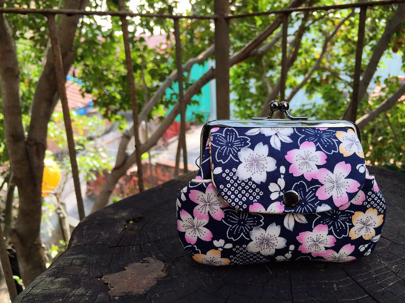 Japanese branch sakura pocket bag