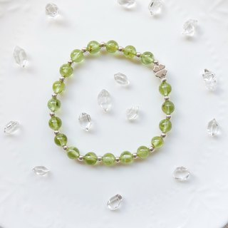 Limited to 1 item. Lucky Grass Peridot Elastic Bracelet