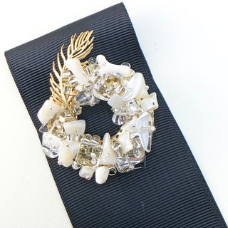 Exquisite - Japanese Style Brooch【Natural Shells& Crystal】I