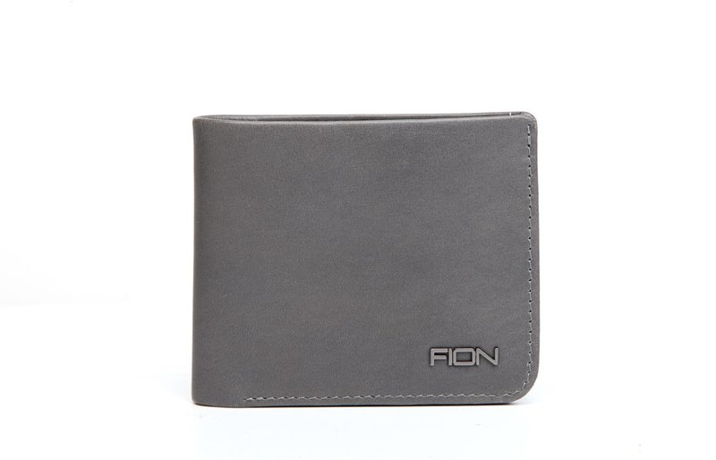 Prato Leather Short Wallet