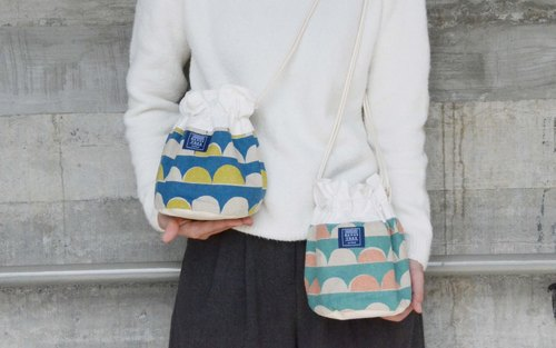:::Bangstree:: Shoulder Bucket Bag - Colorful semicircle