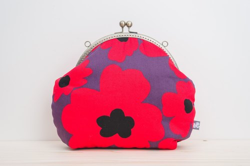 Red red flower (black and purple) / metal mouth package / retro oblique backpack / carry bag