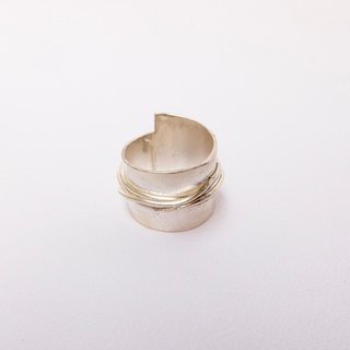 Castle sterling silver ring