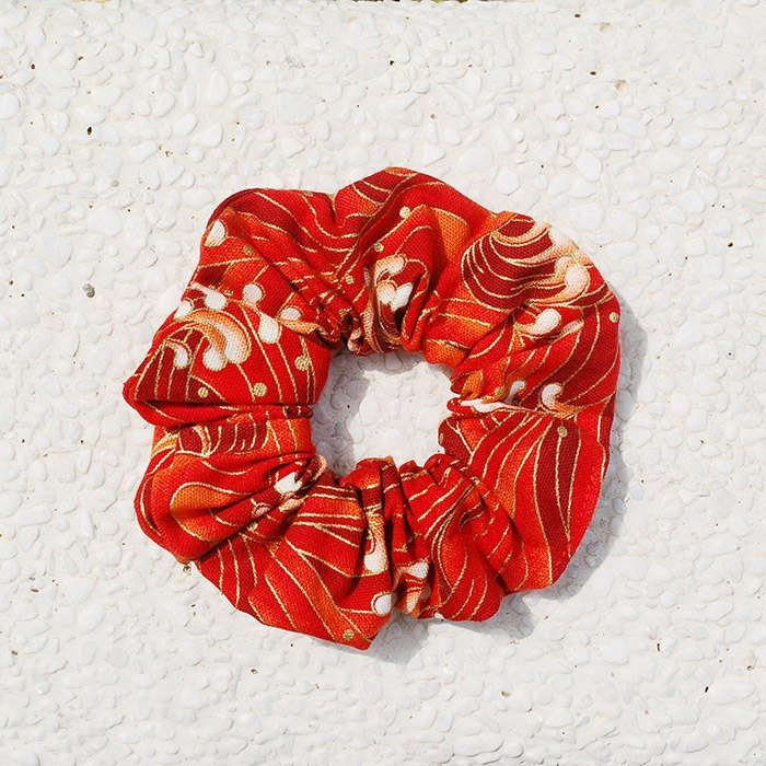 Japanese wave of the sea wave bundle _ red / large intestine donut hair ring