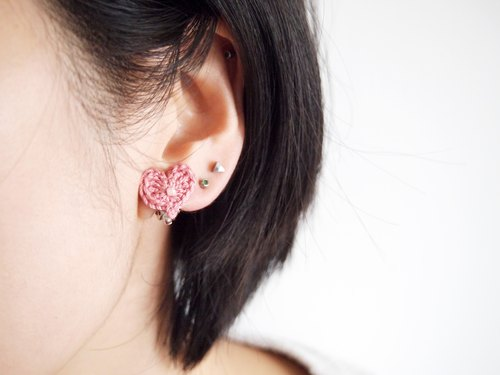 Romantic hand woven deep pink lace heart earrings BE075