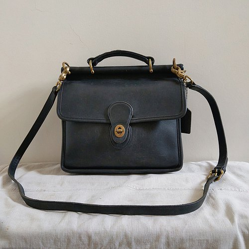 Leather bag _B025