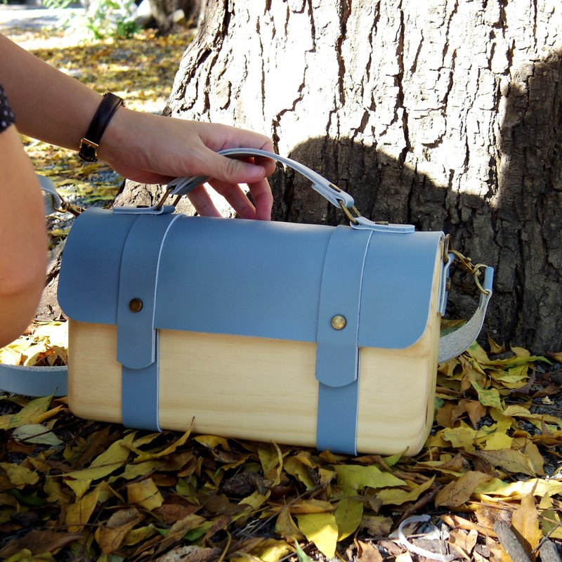 BL wooden bag - blue