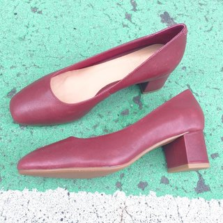 Painter #8040||Calfkin Classic Square Heel Shoes Burgundy Burgundy ||