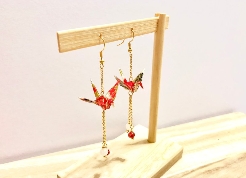 [Origami Earrings Series] Akabane Chihe Paper Crane (changeable ear clip)