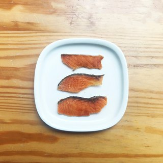 [Canine & Cat Snacks] Norwegian Salmon Slices 35g