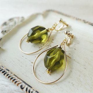 Olive drops Earrings